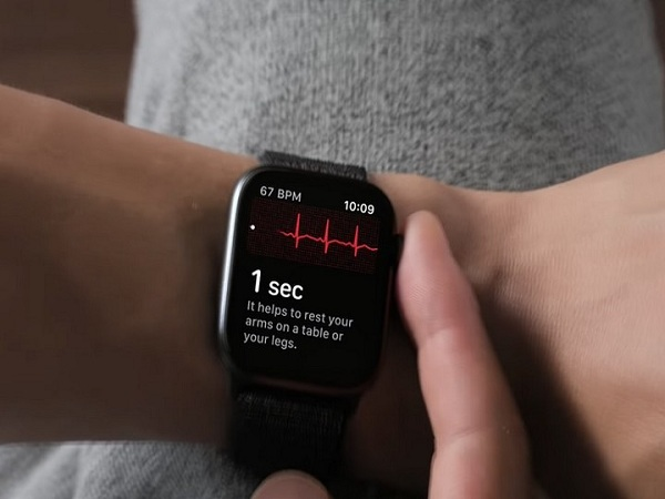 đồng hồ Apple Watch Series 4: