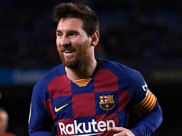 HLV Argentina không quan tâm về vấn đề của Messi tại Barca