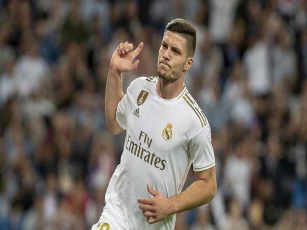 Real Madrid tống khứ thành công bom xịt