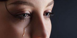 Nằm mơ thấy mình khóc điềm báo tốt hay xấu? Đánh con gì?
