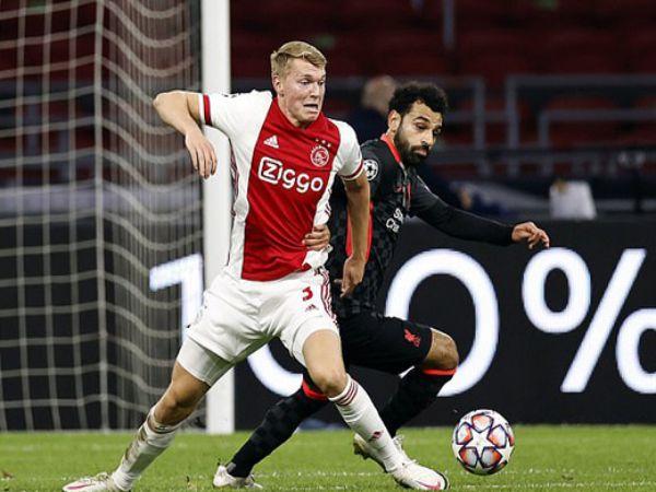 Chuyển nhượng tối 2/11: Liverpool xem xét chiêu mộ đàn em của Van Dijk
