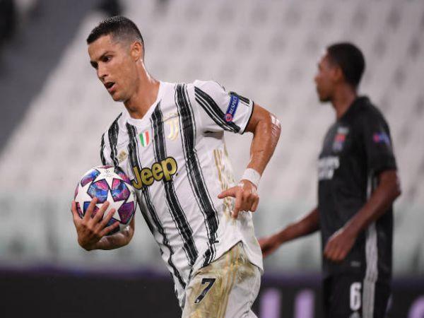 Chuyển nhượng sáng 25/3: Ronaldo có câu trả lời cho MU
