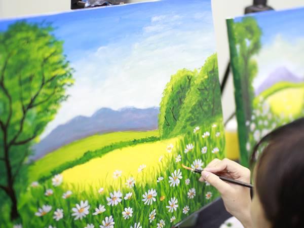 Giải mã bí ẩn giấc mơ thấy vẽ tranh là điềm báo gì