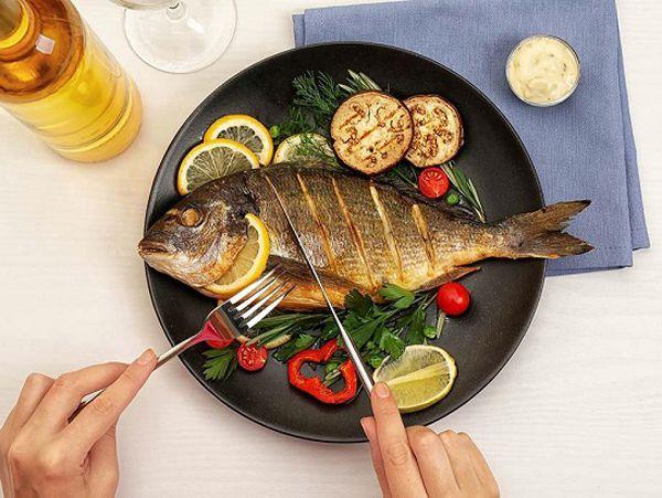 Mơ thấy ăn cá to là điềm gì? Đánh tất tay cặp số nào?